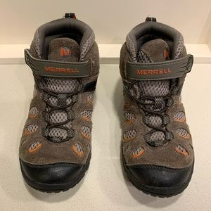 Merrell boys Hiking Boots